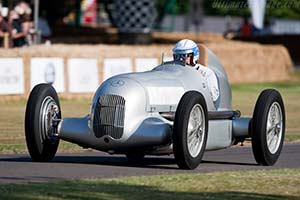 Click here to open the Mercedes-Benz W25 gallery