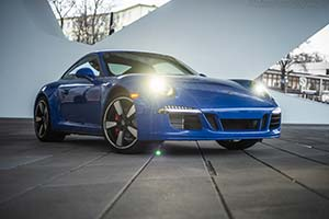 Click here to open the Porsche 911 GTS Club Coupe gallery