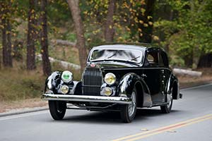 Click here to open the Bugatti Type 57 Paul Née Pillarless Coupe gallery