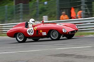 Click here to open the Ferrari 500 Mondial Scaglietti Spyder gallery