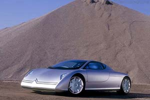 Click here to open the Citroën Osée Concept gallery