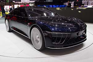 Click here to open the Italdesign Gea gallery