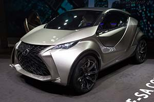 Click here to open the Lexus LF-SA Concept gallery