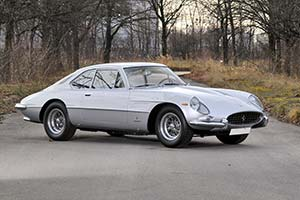 Click here to open the Ferrari 400 Superamerica S2 Pininfarina Aerodinamico gallery
