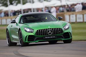 Click here to open the Mercedes-AMG GT R gallery