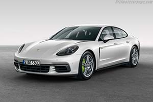 Click here to open the Porsche Panamera 4 E-Hybrid gallery