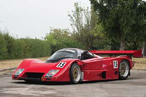 Click here to open the Lancia LC2  gallery