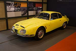 Click here to open the Alfa Romeo 2600 SZ gallery