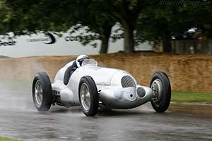 Click here to open the Mercedes-Benz W125 gallery