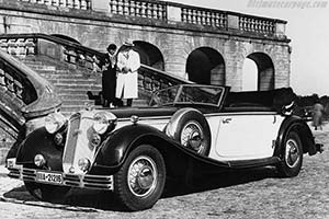 Click here to open the Horch 853 A Sport Cabriolet gallery