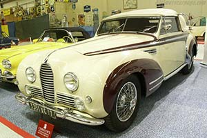 Click here to open the Talbot Lago T26 Record Chapron DHC gallery