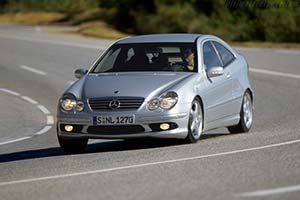 Click here to open the Mercedes-Benz C 32 AMG Sports Coupe gallery