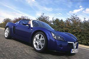 Click here to open the Vauxhall VX220 Turbo gallery
