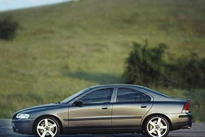Click here to open the Volvo S60 R gallery